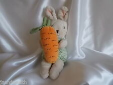 Doudou lapin beige, carotte grelot, vêtements vichy vert/blanc, Ikéa