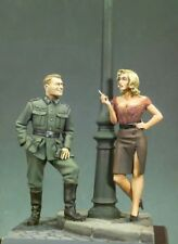 1/32 Scale Resin Figure WWII German Officer and Beauty Woman