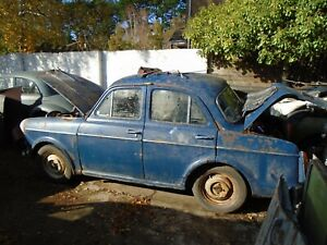 WOLSELEY 1500 FRONT AND REAR SEATS - VERY GOOD CONDITION  - BREAKING WHOLE CAR