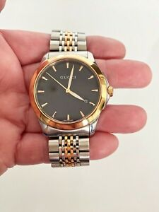 GUCCI Timeless Black Face Silver & Gold Men's Watch 126.4
