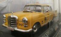 1/43 MERCEDES 200 TAXI BRUXELLES 1962 COCHE DE METAL A ESCALA