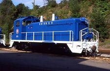 UNION RAILROAD URR SW9 573 ROSTER @ HALL PA in 1989 ORIGINAL SLIDE