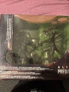 McFarlane alien vs predator