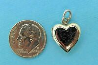 Vintage silver PUFFY ENGRAVABLE HEART LOCKET PHOTO HOLDER MOVABLE charm