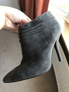 Brand New- nine west Ankle Boots size 6