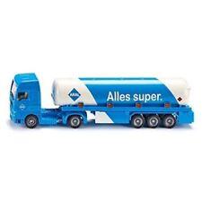 Camión cisterna de automodelismo y aeromodelismo de escala 1:87