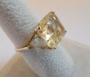 LOVELY IVANA TRUMP GOLD TONE PLATED CITRINE PASTE COCKTAIL RING
