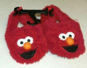 New Baby Boys Girls size 2 Elmo Slippers Sesame Street Non-Skid Dots