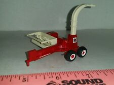 1/64 ERTL CUSTOM FARM TOY LOADED IH INTERNATIONAL HAY CORN FORAGE CHOPPER