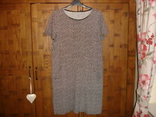 Lovely Boden Shift Dress  -  Size 16L