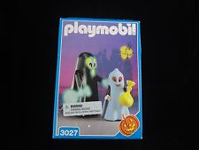 Playmobil 3027 Halloween Ghost NIB Original Box Glow Dark Trick or Treaters GITD