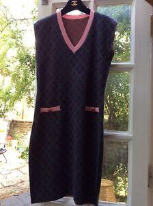 CHANEL Paris Edinburgh Cashmere Pink Blue Dress 38