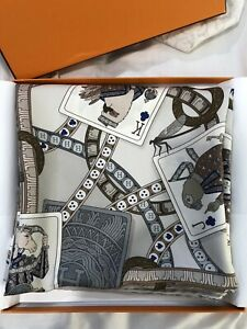HERMES Silk Scarf 90 With Box/bag