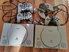 Sony Playstation 1 2 Konsolen + 4 Controller + Spiele Bundle