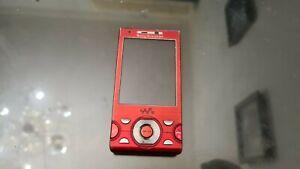 Sony Ericsson W995 - red