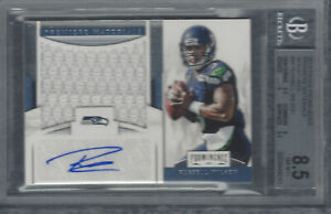 RUSSELL WILSON 2012 PROMINENCE PREMIERE MATERIALS SIGNATURES 7/25 BGS 8.5/AU 10