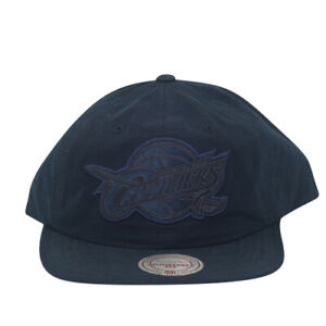 Cleveland Cavaliers Pitch Mitchell and Ness Snapback