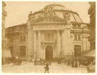 France, Paris, bourse de commerce  vintage albumen print.  Tirage albuminé