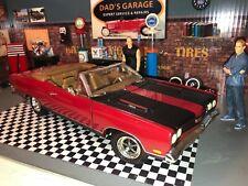 1969 PLYMOUTH GTX, HEMI, MOPAR CONVERTIBLE STREET MUSCLE CAR RED,BLACK 1:18 ERTL
