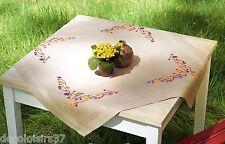 VERVACO  0156524  Nappe  Fleurs ludiques  Broderie  Point de Croix  Imprimé