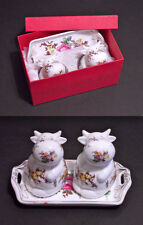 SALE E PEPE, SALT & PEPPER COPPIA MUCCHE COWS IN PORCELLANA CON VASSOIO - ROYAL