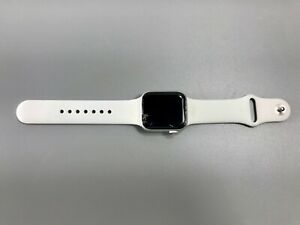 Apple Watch Series 4 MTUDLL/A Silver Aluminum 40mm GPS LTE Bluetooth UNLOCKED