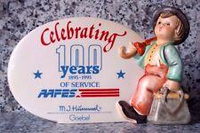 """Hummel Figur Hum 187/A """"Wanderbub"""" """"100 Jahre AAFES"""" Reklameschild FM 7 * OVP !"""