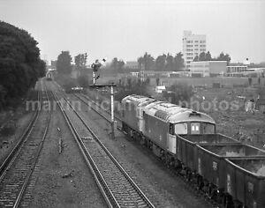 West Worthing Class 33's 33012/051 26.2.82 John Vaughan Negative RN109