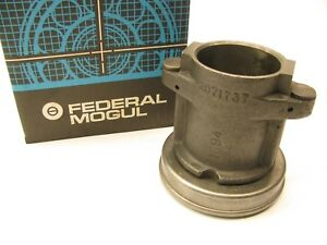 1966-1969 Chevy Diesel Truck 478 Manual Trans Throw Out Bearing 2071737 Casting