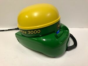 John Deere Greenstar StarFire3000 with SF1 Signal Receiver With Deluxe Shroud