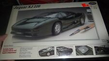 TESTORS ITALERI #243 JAGUAR XJ 220 MODEL CAR MOUNTAIN KIT FS