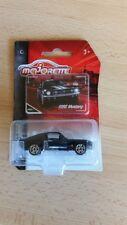 Majorette 212052010 - Vintage Cars - Ford Mustang - Schwarz / Weiss - Neu