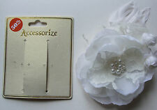 NEW Accessorize white hair flower corage Brooch lace Pin Pearl feather BNWT rose