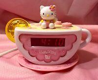 Hello Kitty Digital AM/FM Clock Radio with Night Light KT2055 EUC