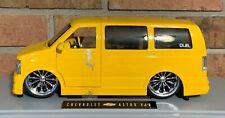 Chevrolet Astro Van 1:18 Jada Dub City Big Ballers Yellow