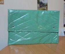 RETRO SOFT GREEN PADDED BAG/FOLDER-CIRCA 1970s-25cm x 37cm