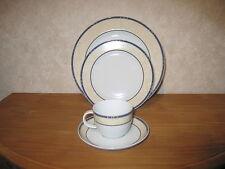SELTMANN WEIDEN *NEW* SCALA Set 2 assiettes + 1 tasse Plates + cup