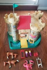 Vintage Fisher Price Play Family Little People Castle #993 Dragon King Queen