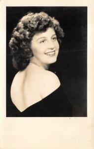 RPPC WOMAN GLAMOUR CLEVELAND TENNESSEE STUDIO REAL PHOTO POSTCARD (c. 1940s)