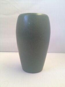 Nice Marblehead Matte Green Pottery Vase