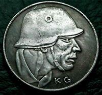 WW1 1917 GERMAN MEDAL *WEIHNACHT IM FELDE* KARL GOETZ MODERN REPRODUCTION