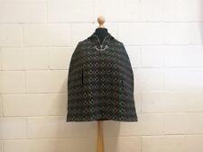Pretty Vintage galés lana capa. pequeño. 1970s.