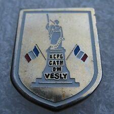 Pin's ACPG CATM OM Ville de VESLY (27) #A2