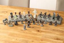 Der Herr der Ringe Figuren von NLP + 2x Präsentationsbrett +39 Figuren 2004-06