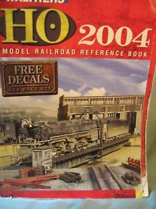 WALTHERS HO RAILROAD CATALOG 2004, 1056 PAGES,  USED