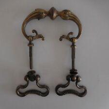 Poignée handle ornement ameublement bronze XVIIIe Renaissance France
