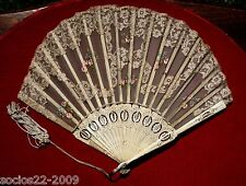FAN EVENTAIL VINTAGE  CARVED  STICKS HAND PAINTED HAND FAN