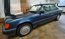 Mercedes-Benz 300 E* 2.Hd. *H-Zulassung* nauticblaumetallik* Leder grau