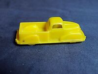VINTAGE RENWAL YELLOW PLASTIC PICUP TRUCK