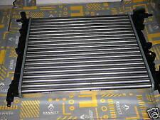 RENAULT CLIO I / 19 - Radiatore 7700805486